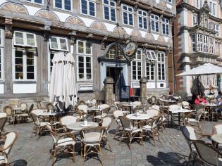 Kahvila Museum Cafen terassi