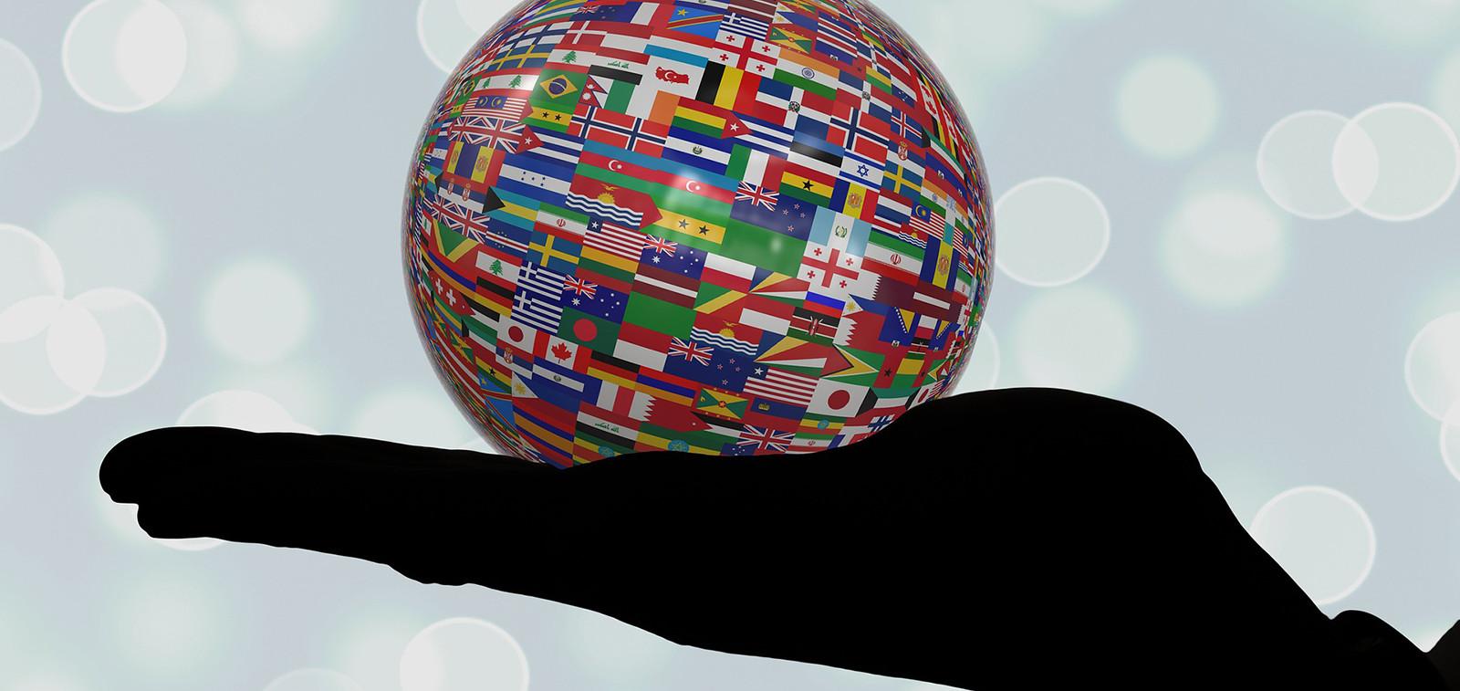 maailmakädessäkansainvälisyys